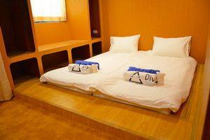 DiveRACE E Class luxury cabin