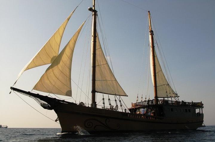 Diva Andaman sailing