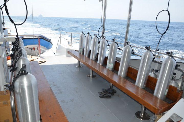 DiveRACE E Class dive deck